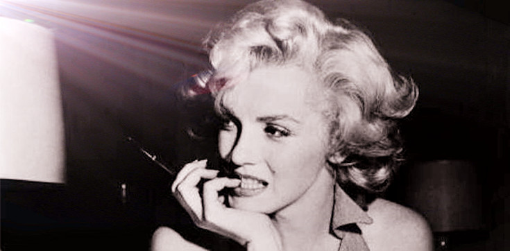 0a83b604bf9 Learn Celebrity Style of Marilyn Monroe Not To Wear Underwear