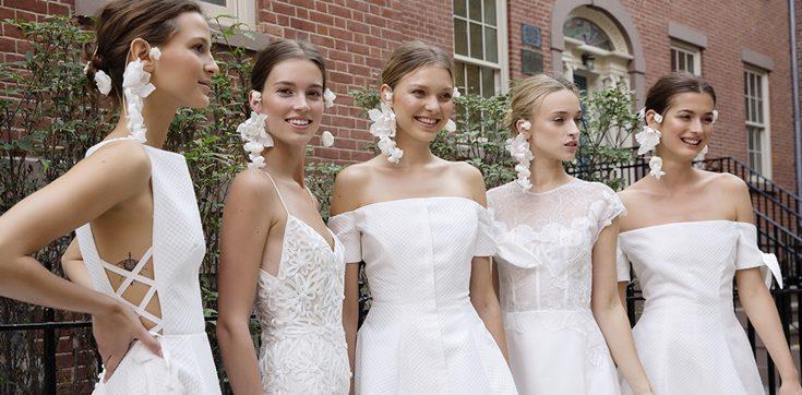 Fabulous Wedding Dresses For Fall