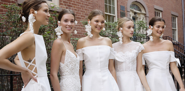 Fabulous Wedding Dresses For Fall