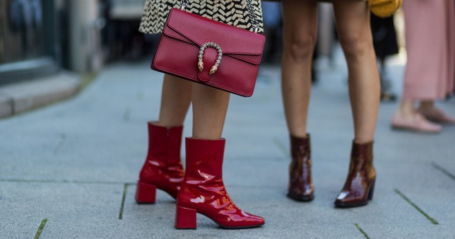 Women glossy shine boots