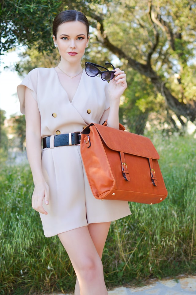 the exterior design of handbags