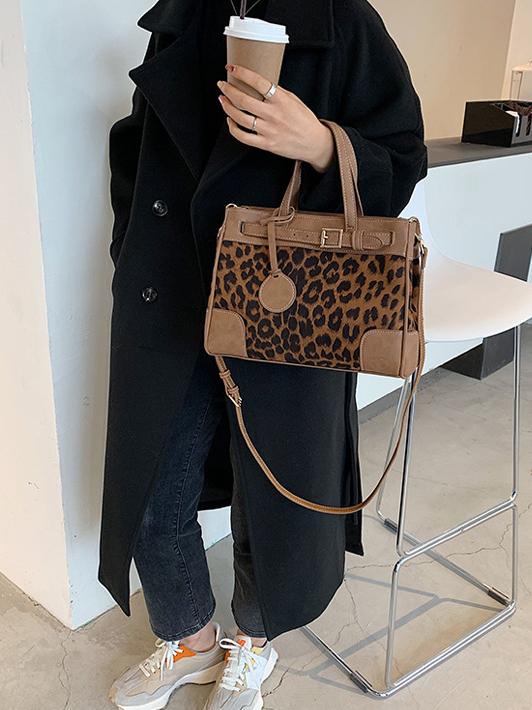 Fashion brown handbag