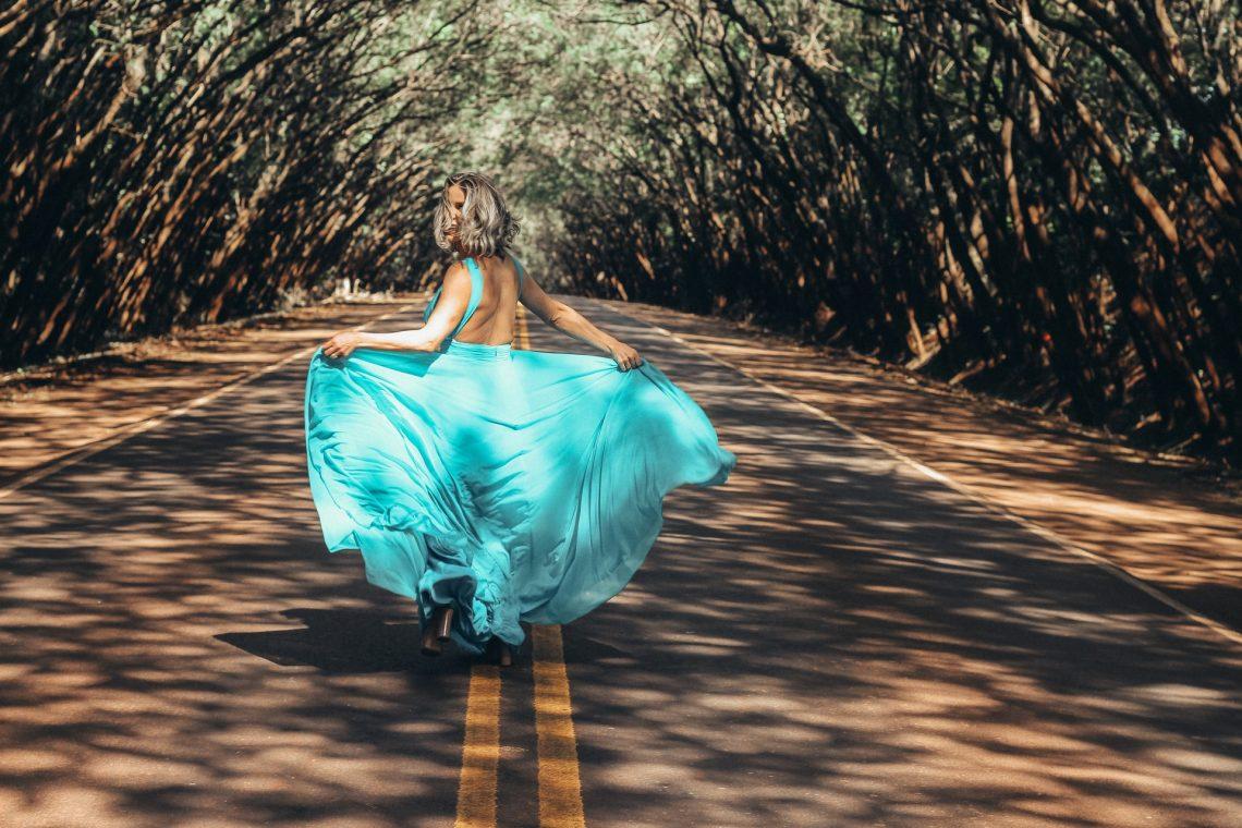 maxi dress for petite ladies