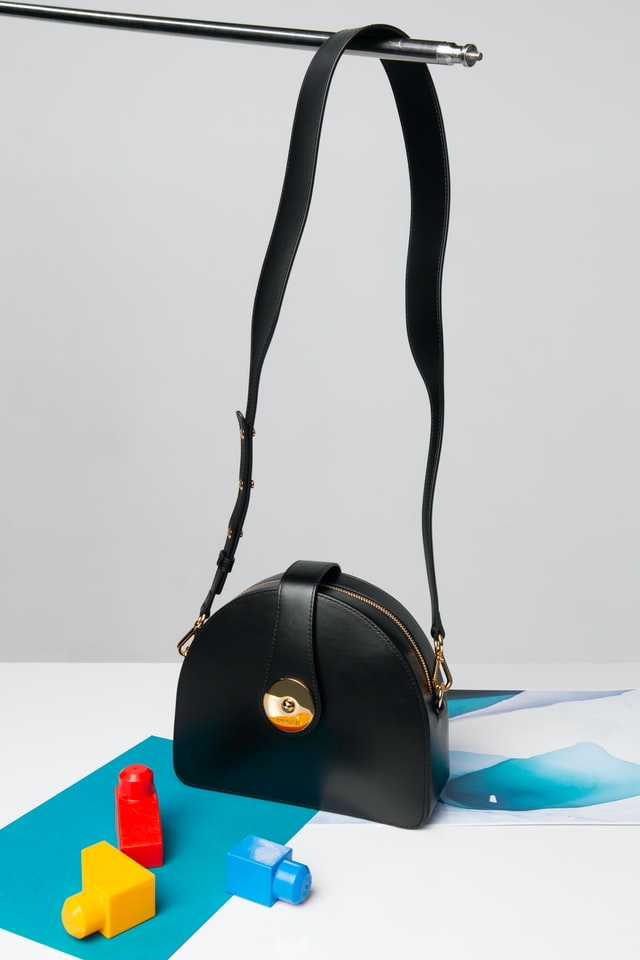 Black women's bags