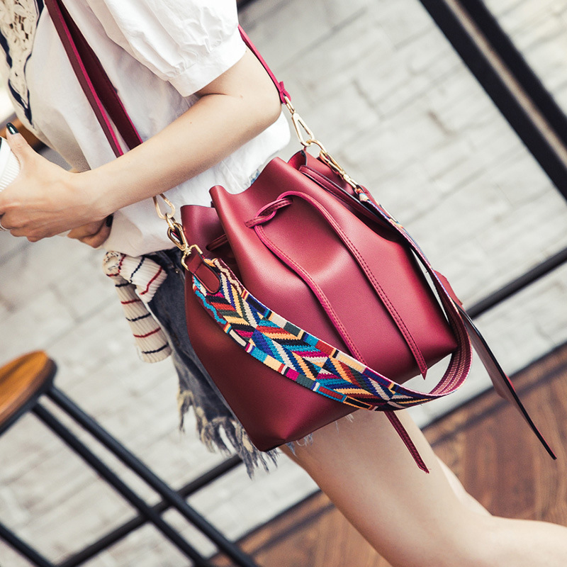 Newly Simple Colored Shoulder Bucket Bag Fashion